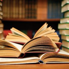 5 cuốn sách quý giá bạn nhất định phải đọc nếu muốn dẫn đầu trong công việc